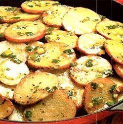 Тушкована обжареная картопля