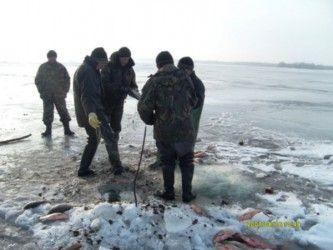 Про браконьєрство на зимовій риболовлі