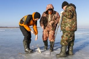 Про рибалку в грудні: хитрості і особливості