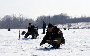 Про рибалку в грудні: хитрості і особливості ловля на жерлиці