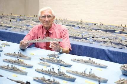 Колекція моделей кораблів або «сірникову флот»