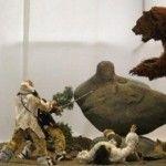 Реконструкція сцени полювання на печерного ведмедя