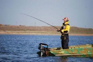У селищі червоний бакен відбувся чемпіонат з ловлі риби спінінгом